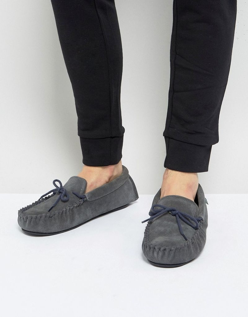 Dunlop Moccasin Slippers In Grey Suede - Grey